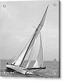 Yacht Shamrock In New York Harbor 1895 Bw Acrylic Print