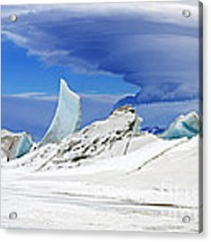 Lenticular Cloud And Pressure Ridge Acrylic Print by Science Source