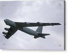 Boeing B-52g Stratofortress 59-2565 93rd Bomb Wing Castle Afb September 17 1992 Acrylic Print by Brian Lockett