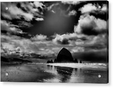 Cannon Beach Acrylic Print by David Patterson