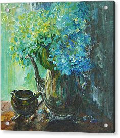 Acrylic Print featuring the painting Hydrangea 2 by Gloria Turner