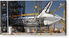 Space Shuttle Discovery At Edwards Afb September 17 2009 Acrylic Print by Brian Lockett