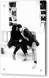 Acrylic Print featuring the photograph Young Romantic Couple Sharing A Mobile Phone by John Williams