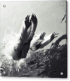 100821-8868 Acrylic Print by Enric Gener