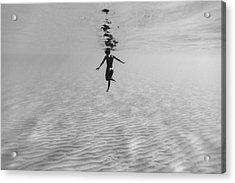 160907-0811 Acrylic Print by 27mm
