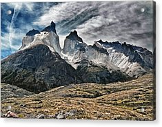 Cuernos Del Paine Acrylic Print by Alan Toepfer