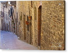 Streets Of San Gimignano Acrylic Print by Andre Goncalves