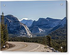 Acrylic Print featuring the photograph A Road To Follow by Everet Regal
