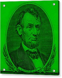 Acrylic Print featuring the photograph Abe On The 5 Green by Rob Hans
