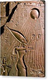 Akhenaton With Sun God Acrylic Print by Science Source