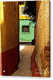 Alley With The Green Casa Acrylic Print by Mexicolors Art Photography