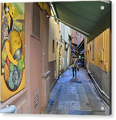 Acrylic Print featuring the photograph An Alley In Nice by Allen Sheffield