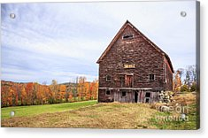 An Old Wooden Barn In Vermont. Acrylic Print