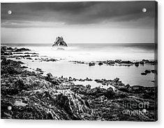 Arch Rock In Corona Del Mar Newport Beach California Acrylic Print by Paul Velgos