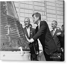 Astronaut John Glenn, President John Kennedy And Vice-president Lyndon Johnson Acrylic Print by The Titanic Project