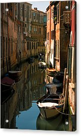 Back Canal In Venice Acrylic Print by Michael Henderson