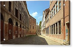 Acrylic Print featuring the photograph Back Street In Venice by Anne Kotan