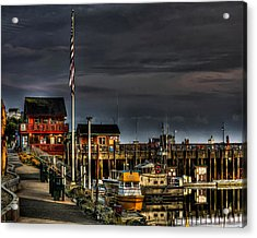 Acrylic Print featuring the photograph Bandon Boat Basin At Dawn by Thom Zehrfeld