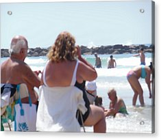 Acrylic Print featuring the painting Beach Watchers by Esther Newman-Cohen