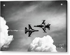 Acrylic Print featuring the photograph Belly Pass by Ray Shiu