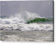 Big Bay Wave Action Acrylic Print by Sandra Updyke