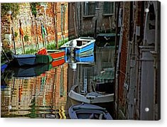 Boats On Canal In Venice Acrylic Print by Michael Henderson