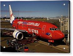 Boeing 737-7q8 Acrylic Print