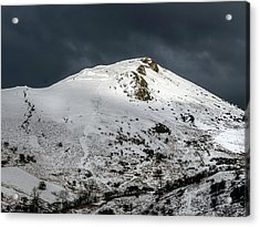Caer Caradoc Winter Acrylic Print by Richard Greswell