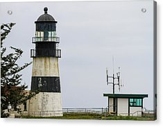 Cape Disappointment Lighthouse Closeup Acrylic Print by David Gn
