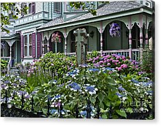 Cape May House And Garden. Acrylic Print by John Greim