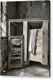 Acrylic Print featuring the photograph Changing by Terry Rowe