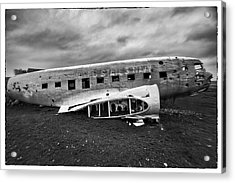 Acrylic Print featuring the photograph Crash by Wade Courtney
