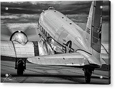 Dc3 Taxiing For Departure Acrylic Print
