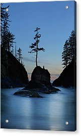 Deadman's Cove At Cape Disappointment At Twilight Acrylic Print