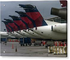 Delta Air Lines Jets At Detroit Metro Airport Acrylic Print by David Oppenheimer