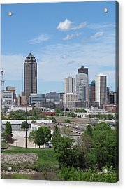 Des Moines From Macrae Park Acrylic Print by Jerry Browning