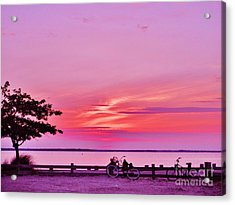 Acrylic Print featuring the photograph Summer Down The Shore by Susan Carella
