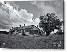Acrylic Print featuring the photograph Duckholes Hotel by Linda Lees