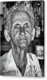Faces Of Cuba The Woman In Need Acrylic Print by Wayne Moran