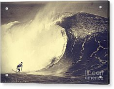 Fisher Heverly At Pipeline Acrylic Print by Paul Topp