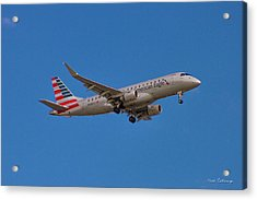 Flying In American Eagle Embraer 175 N426yx Acrylic Print