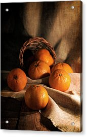 Acrylic Print featuring the photograph Fresh Tangerines In Brown Basket by Jaroslaw Blaminsky