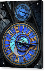 Frozen In Time  Acrylic Print by Luis Rosario