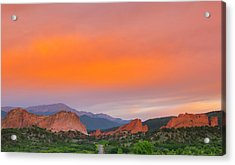 Acrylic Print featuring the photograph Garden Of The Gods Sunset by Tim Reaves