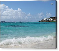 Acrylic Print featuring the photograph Gentle Wave On Dawn Beach by Margaret Bobb