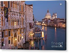 Acrylic Print featuring the photograph Grand Canal Twilight by Brian Jannsen
