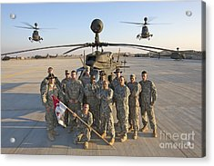 Group Photo Of U.s. Soldiers At Cob Acrylic Print