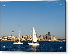 Head To Head In Seattle Acrylic Print by Tom Dowd