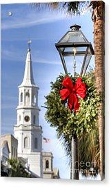 Holiday Wreath St Michaels Church Charleston Sc Acrylic Print by Dustin K Ryan
