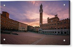 Acrylic Print featuring the photograph Il Campo Dawn Siena Italy by Joan Carroll